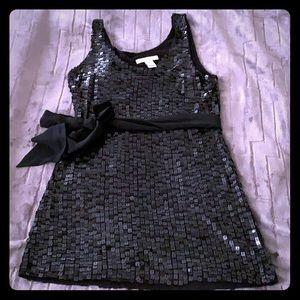 Whet house black market Back Sequin Tunic